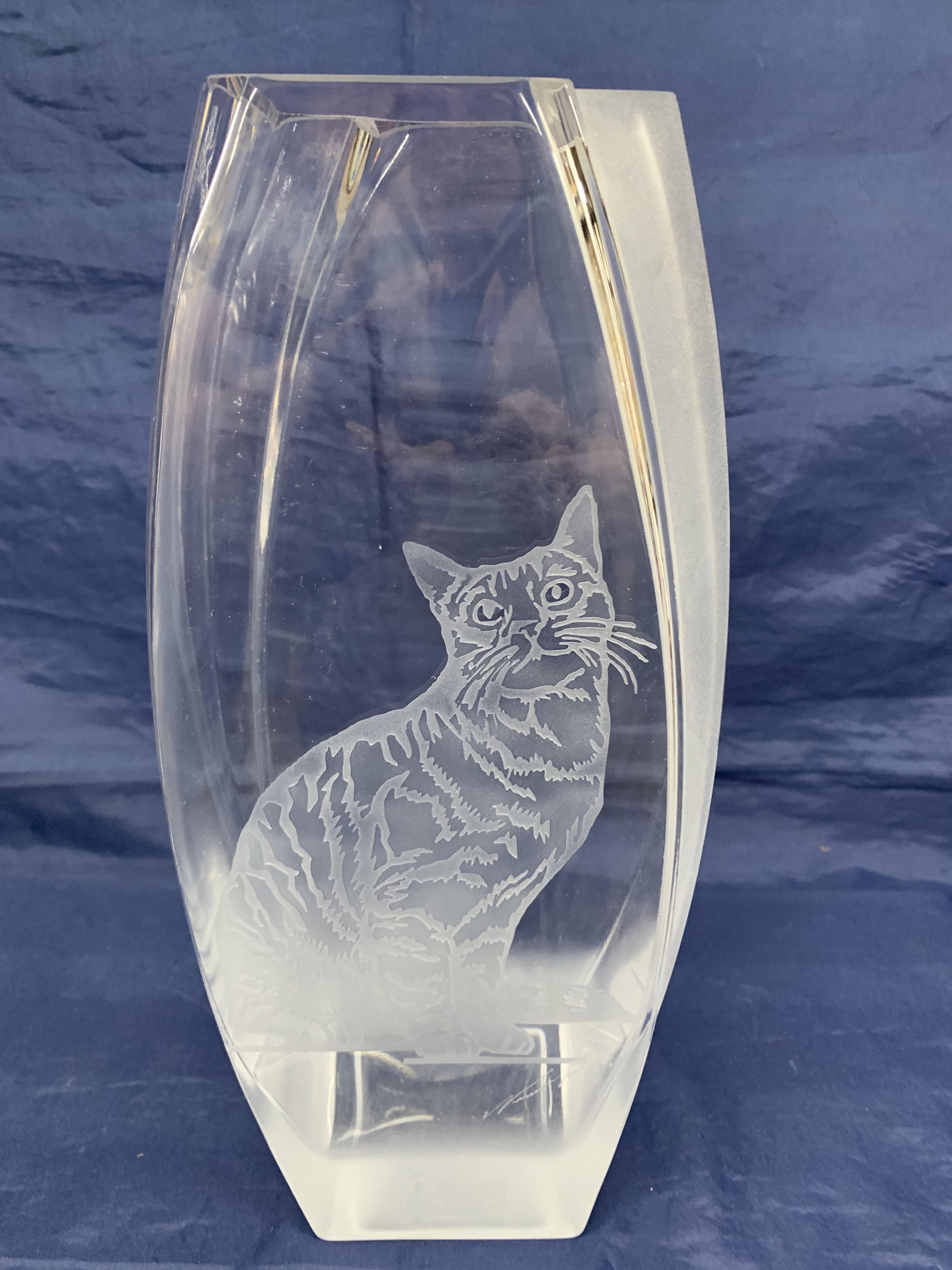 Vase escalier chat