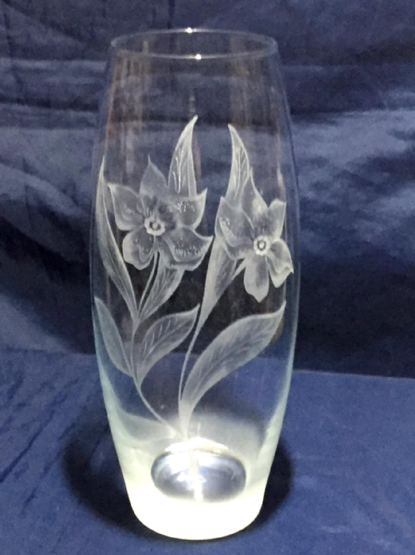 Vase tonneau Renoncules